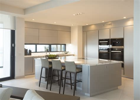 Poggenpohl Kitchen Cabinets by Poggenpohl Exclusive Miami Residential Building