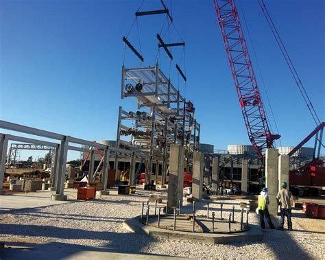 structure magazine ngl fractionation plant   fast track