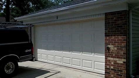 Clopay 16x7 9130 Garage Doors R-value 12.6 Woodridge,il