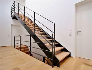 Stahltreppe Mit Holzstufen : bildergebnis f r stahltreppe holzstufen treppe ~ Michelbontemps.com Haus und Dekorationen