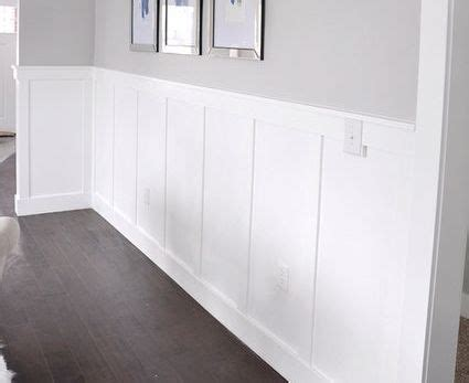 types  molding wainscoting