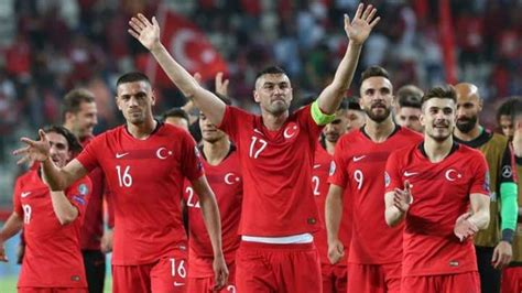 2020 uefa european football championship) والتي يشار إليها عادة باسم بطولة كرة القدم الأوروبية 2020 (بالإنجليزية: تركيا تتأهل إلى نهائيات بطولة أمم أوروبا 2020