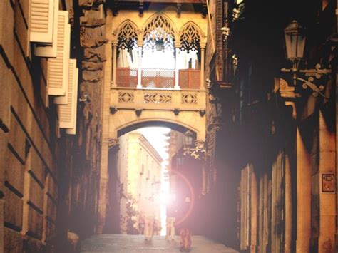 Barcelona Tours with Local Private Tour Guides