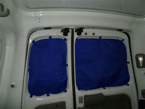 rideau occultant pour voiture comment mettre des rideaux dans une voiture inspiration voitures