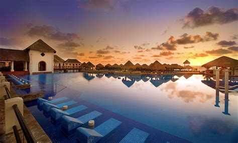 luxury resort photography luxury hotel photography