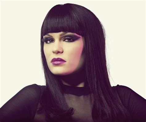 Jessie J Biography  Facts, Childhood, Family Life