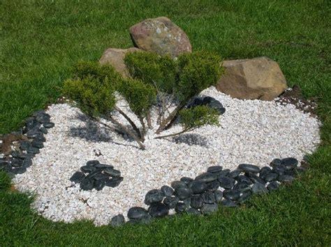 decoration parterre avec galets d 233 licieux decoration parterre avec galets 2 jardin avec cailloux d233coration idee jardin