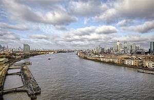 Thames Penthouse, London, SE8 - Riverside Apartment ...