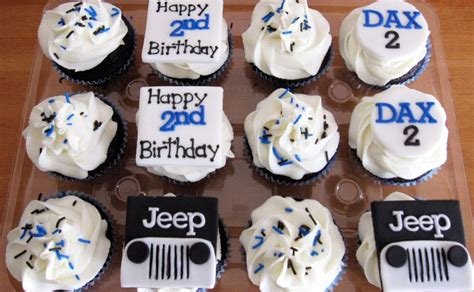 jeep cookies jeep cupcakes cupcakes pinterest jeeps cake and