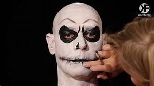 Schminken Zu Halloween : schminken zu halloween jack skellington totenkopf schminken leicht gemacht by horrorklinik ~ Frokenaadalensverden.com Haus und Dekorationen