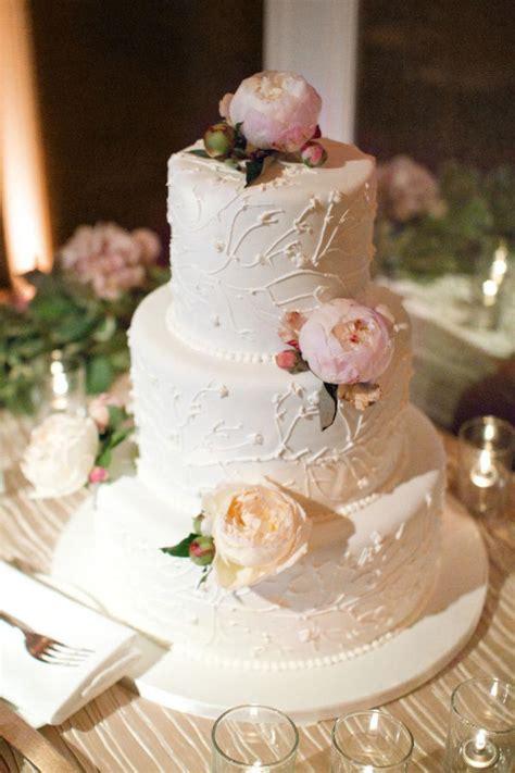 Eye Catching Roundup Of Astounding Wedding Cake Ideas