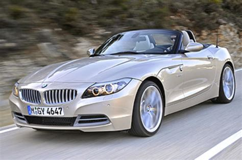 It is expected to be available in two variants: BMW Z4 3.0 sDrive35i convertible first drive