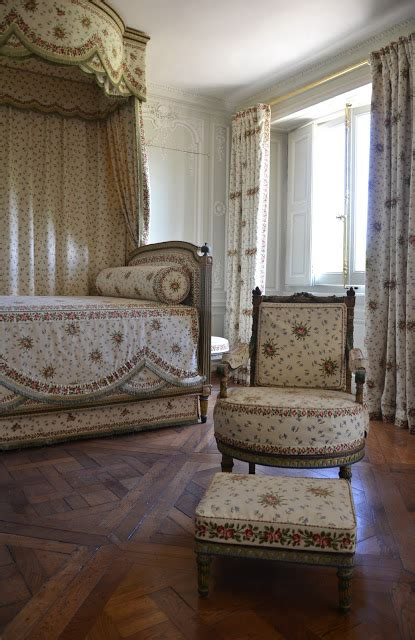 chambre de antoinette inside is beautiful october 2011