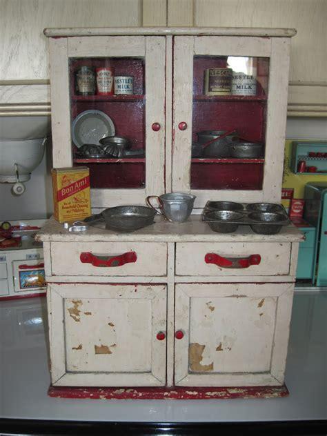 tracys toys    stuff antique toy kitchen