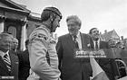 Taoiseach Garret Fitzgerald and Irish cyclist Sean Kelly ...
