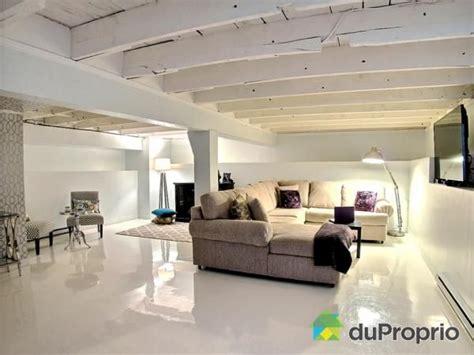 tenture plafond chambre 10 façons de finir sous sol avec un petit budget