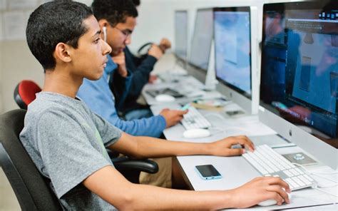 Study: More than half of California high schools lack computer science courses | EdSource