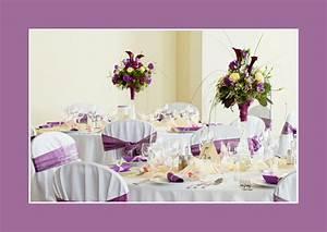Tischdeko Runder Tisch Hochzeit : tischdeko hochzeit runde tische ~ Orissabook.com Haus und Dekorationen