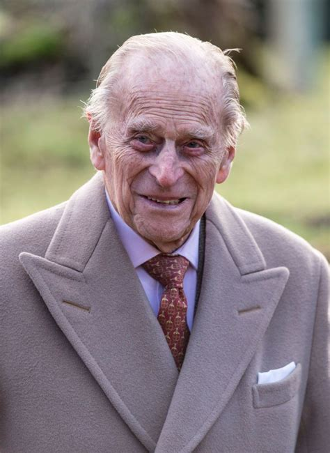 Then And Now Photos Of The Royal Family   Prince philip ...