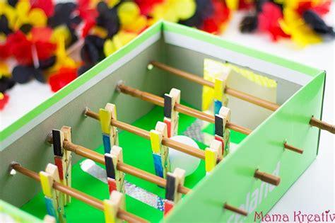 basteln mit schuhkarton basteln mit kindern zur wm tischkicker aus schuhkarton