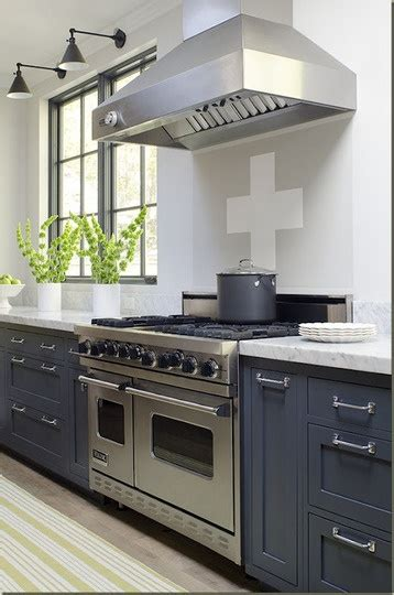 how to paint kitchen cabinets with a glaze best 25 blue gray kitchens ideas on gray 9924