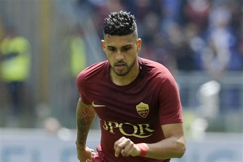 Agent Confirms Chelsea In Talks For Roma's Emerson ...
