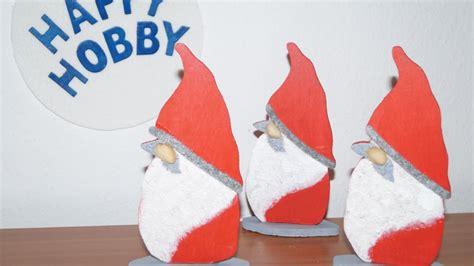 weihnachtsmann selber basteln wichtel weihnachtsmann basteln aus holz und acrylspachtelmasse diy nr 10
