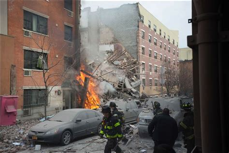 Searchers Scour N.y. Rubble After Gas Explosion Kills 7