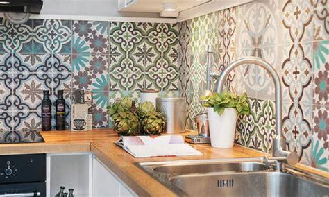 cr馘ence cuisine carrelage stunning faience multicolore cuisine photos design trends 2017 shopmakers us