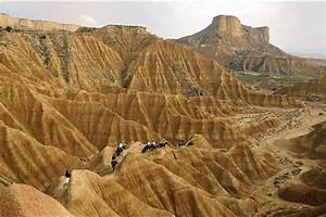 Desert Des Bardenas En 4x4 : bardenas pampelune ~ Maxctalentgroup.com Avis de Voitures