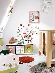 Kinderzimmer Für Babys : kinderzimmer gestalten mit tollen wandstickern teppichen und gardinen ~ Bigdaddyawards.com Haus und Dekorationen