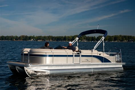 Pictures Of Bennington Pontoon Boats by 1000 Images About Bennington Pontoon Boats On