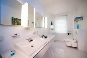 Dekoration Gäste Wc : g ste wc in weiss ein modernes g stebad mit toto neorest ac dusch wc ~ Buech-reservation.com Haus und Dekorationen