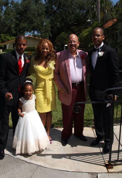 Hollywood Central Wedding Fab Tom Joyners Son Oscar