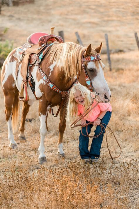 saddles lightweight kid saddle riding horses barrel racing western tack cowgirl horse stand young