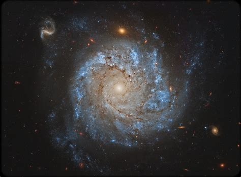 Take a Few Minutes to Tour Through Space: 10 Stunning ...