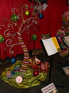 145 best Christmas Tree Crafts images on Pinterest