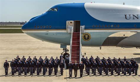 qui cuisine tout seul les avions de 7 chefs d 39 état africains