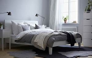 une chambre cocooning avec plaid chaud pour l39hiver With tapis chambre bébé avec plaid chaud pour canapé