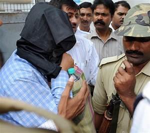Main Burdwan Blast Suspect Sadiq Arrested - IBTimes India