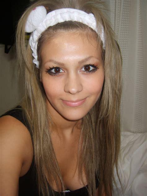 Dye Dark Brown Hair Blonde Without Bleach Hair Color