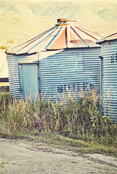 1000+ images about tIN RoOFRUSTED! on Pinterest Red
