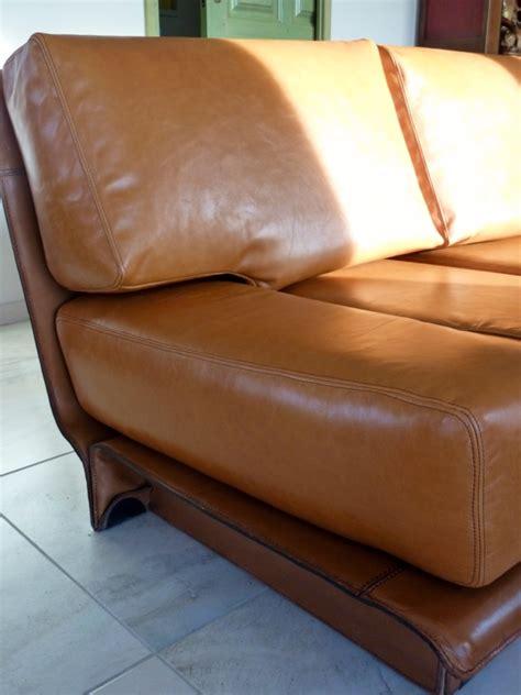renovation canape réfection d 39 un canapé en cuir au fil des matières