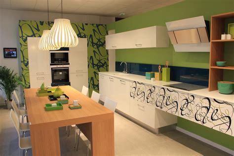 cuisine am駭ag馥 sur mesure magasin 224 d 233 couvrir la cuisine sur mesure inspiration