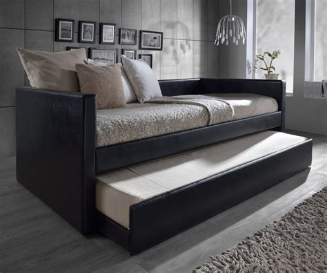 trundle day bed ritzy trundle seaside daybed plus seaside daybed