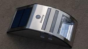 Solarleuchte Mit Bewegungsmelder : deckey led solarleuchte mit bewegungsmelder im test techtest ~ Buech-reservation.com Haus und Dekorationen