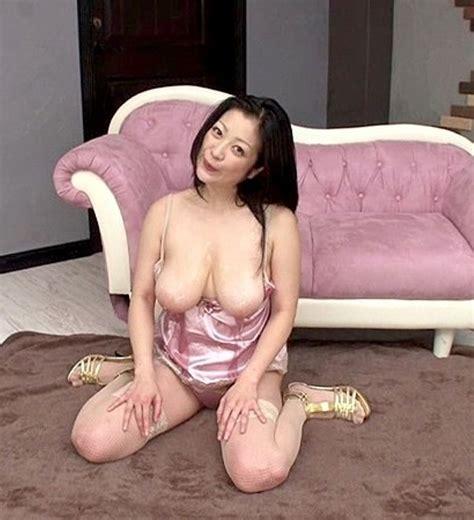 Minako Komukai Beautiful Japanese Girl Photo Gallery