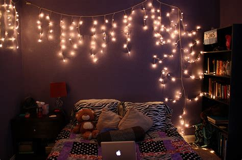 lights in the bedroom panda s house