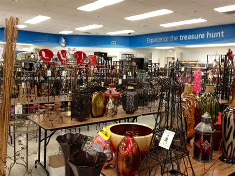 home interiors store a larger selection of home decor compared to most other