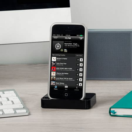 iphone 5s dock iphone 5s 5c 5 lightning charge and sync dock black